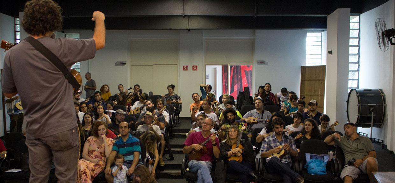 João Tostes Palestra de Ukulele na USP